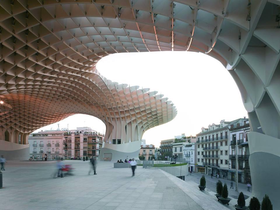 photo metropol parasol spazio culturale e commerciale siviglia